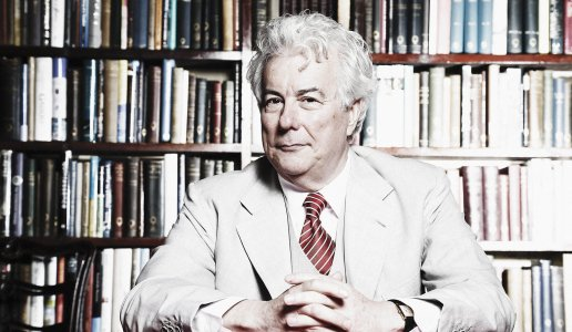 Ken Follett, viewpoint